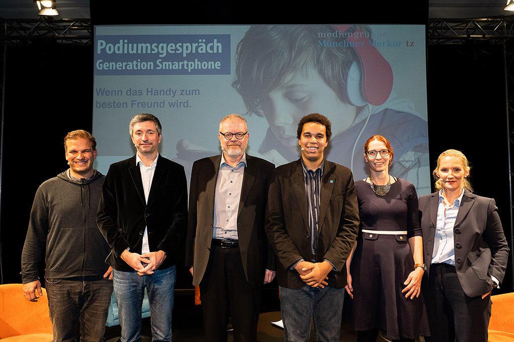 Bildungstage München Podiumsdiskussion Generation Smartphone - Wenn das Handy zum besten Freund wird.